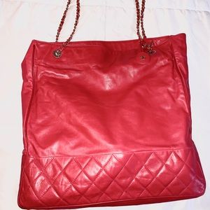 Large Red Chanel leather shopping tote bag gold